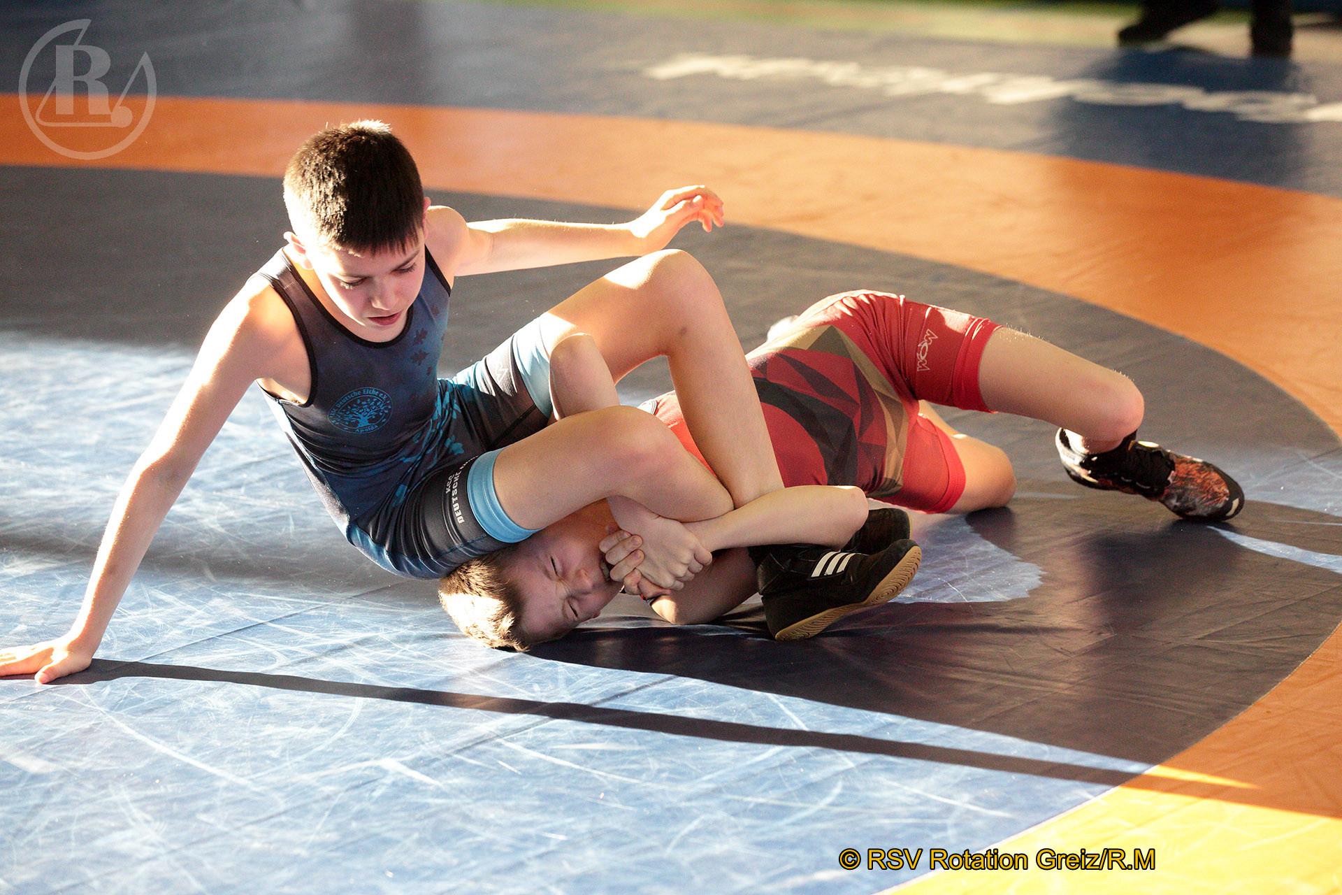 Thüringer Titelkämpfe der Ringer im griechisch-römischen Stil in Apolda