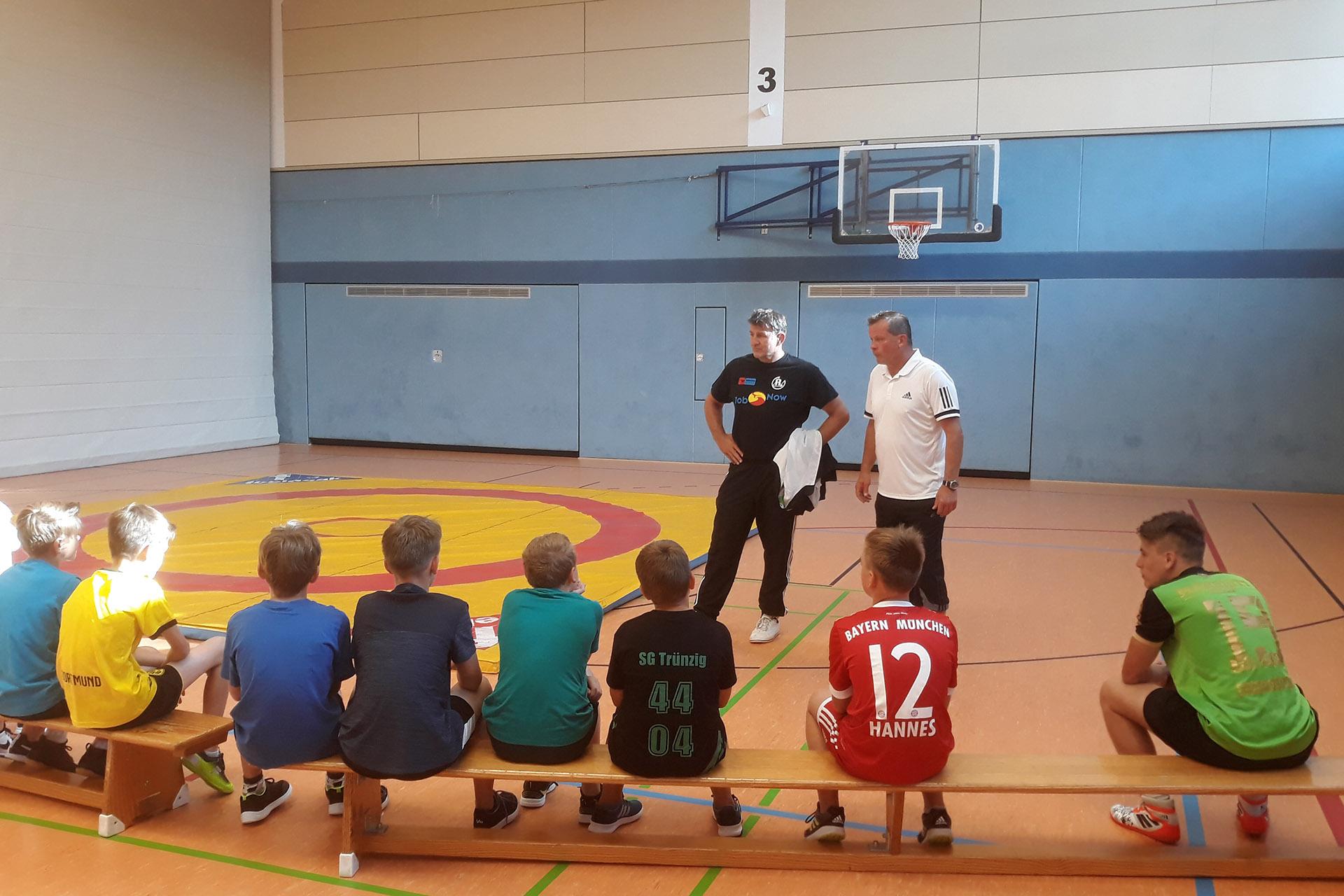 Der RSV Rotation Greiz beim Sporttag im Ulf-Merbold-Gymnasium mit dabei.